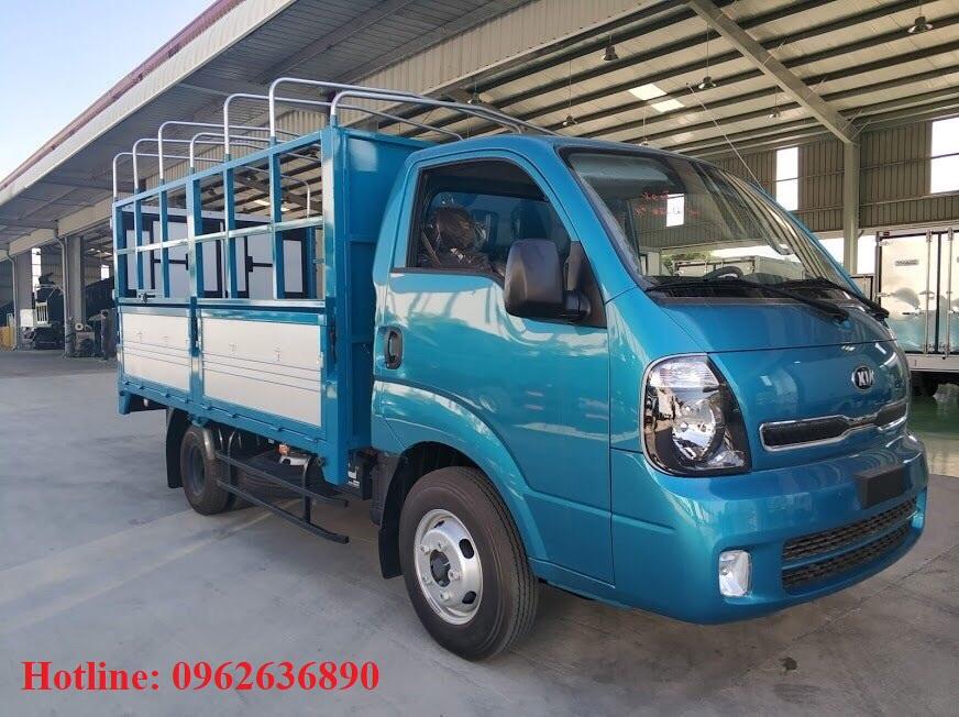 xe-tải-kia-k250-thùng-mui-bạt-năm-bửng